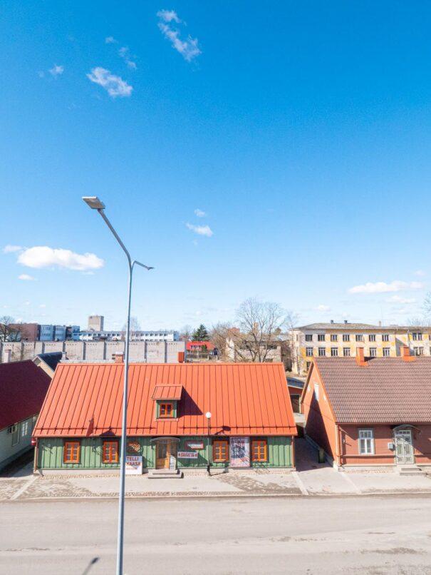 Centrumi hotelli Tallinna tänavale